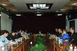 Thứ trưởng Lê Đình Tiến tiếp Đoàn cán bộ Cơ quan Năng lượng Nguyên tử Quốc tế (IAEA)