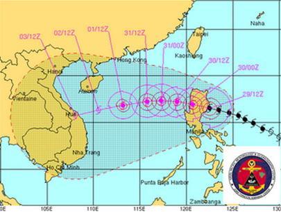 Ảnh dự báo của hải quân Mỹ cho thấy trong ngày 2-11 bão sẽ đổ bộ vào khu vực Đà Nẵng - Quảng Ngãi