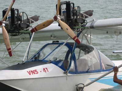 Thủy phi cơ VNS-41 bay kiểm tra tại hồ Trị An