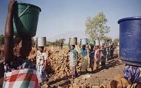 Thiếu nước tại Malawi