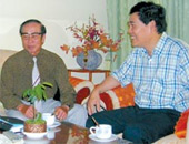 Hai người Việt muốn xét lại thuyết Tương đối của Einstein