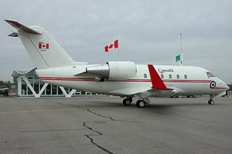 Đây là chiếc Bombardier Challenger do cựu thủ tướng Canada Jean Chretien thường sử dụng.