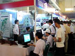 2010: 100% công sở, trường học tại Đà Nẵng có Internet