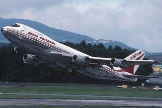 Chuyên cơ Boeing 747- chở thủ tướng Ấn Độ.