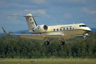 Chiếc Gulfstream Aerospace G-IV Gulfstream VI-SP, một trong hai chuyên cơ được sử dụng nhiều nhất của Pakistan.