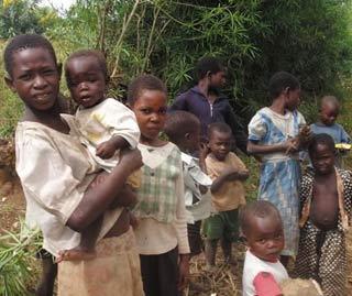 Mỗi ngày, có gần 2.000 trẻ em bị nhiễm HIV