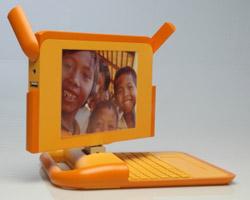 Mười chiếc laptop 100 USD đầu tiên được xuất xưởng