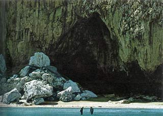 Hang động Gorham ở Gibraltar
