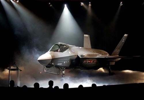 Mỹ: Chi 1 tỷ USD/tháng để chế tạo máy bay tàng hình