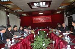 Bộ trưởng Hoàng Văn Phong tiếp đoàn cán bộ Cơ quan Năng lượng Nguyên tử Quốc tế - IAEA