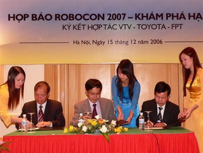 Việt Nam đăng cai ABU Robocon 2007