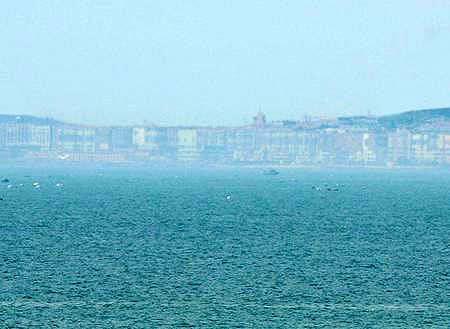 """Thành phố ảo """"hiện hình"""" trên biển"""