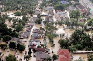 Trận lụt thế kỷ tại Malaysia