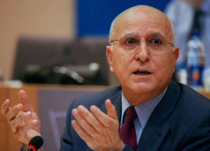 EU đề xuất quy chế hạn ngạch về khí thải trong ngành hàng không