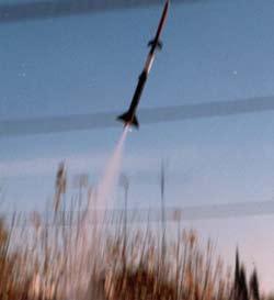 Peru phóng tàu vũ trụ tự tạo đầu tiên
