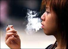 Hong Kong: cấm hút thuốc lá nơi công cộng