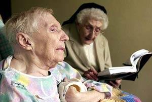 Người cao tuổi cần làm gì để ngủ ngon?