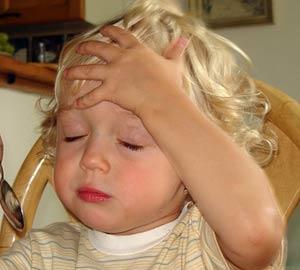 Trẻ nhức đầu có thể do u não