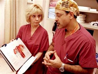 Cấy dạ con ở người - kế hoạch táo bạo của y học Mỹ