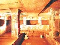 Bí mật ngôi mộ cổ