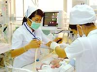 Cách chăm trẻ sinh non