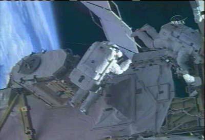 Tiến hành nâng cấp hệ thống hạ nhiệt Trạm ISS