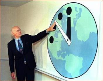 Mô hình chiếc đồng hồ báo Ngày tận thế.