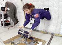 NASA tuyển chọn nhà du hành vũ trụ như thế nào?