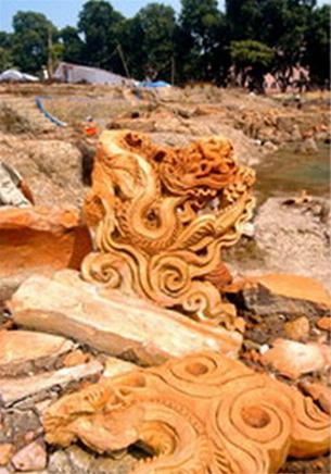 Phát lộ quần thể nền móng nhiều loại hình kiến trúc cổ ở Hoàng thành Thăng Long