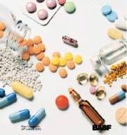 Thuốc giả cướp đi mạng sống 200.000 người mỗi năm