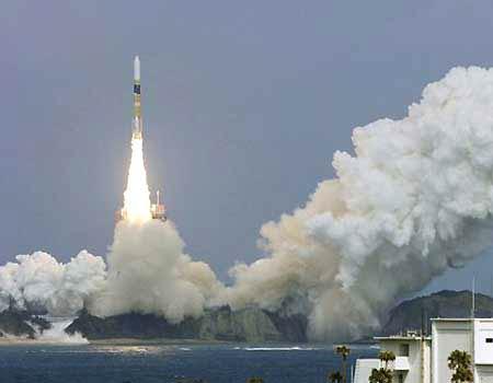 Nhật phóng vệ tinh radar thứ tư