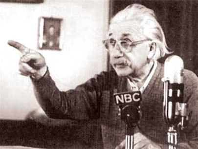 """Albert Einstein: Giấc mơ """"hòa bình vĩnh cửu"""" (kỳ 4)"""