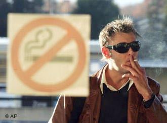 Nhiều nước trong EU cấm hút thuốc lá ở nơi công cộng