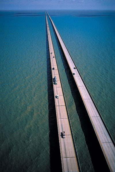 Cầu cao tốc Hồ Pontchartrain (Mỹ)