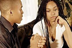 Tính khí thất thường ở lứa tuổi thanh thiếu niên là do Hormone đảo nghịch