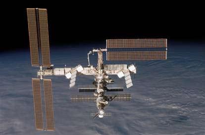 NASA: ISS đang rơi
