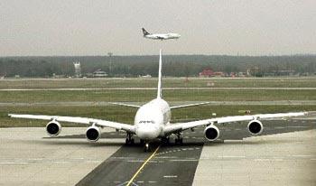 Airbus ra mắt máy bay lớn nhất thế giới