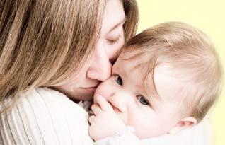 Các thói quen làm hỏng răng miệng trẻ