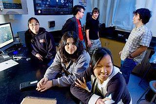 Mỹ: Học sinh trung học phát hiện 3 tiểu hành tinh mới