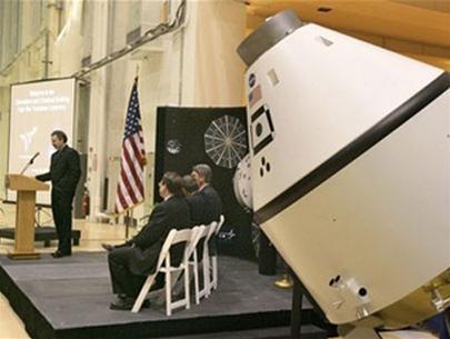 NASA lúng túng