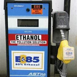 Xăng pha ethanol cũng giống xăng thường
