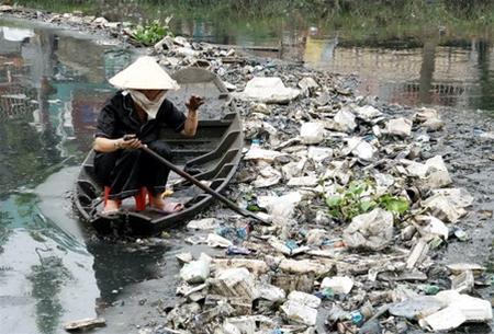 Càng phát triển, càng lo môi trường