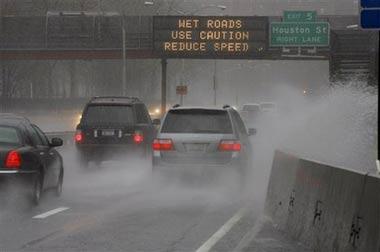 Miền đông Hoa Kỳ tê liệt vì bão