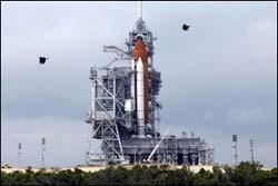 Năm 2007, NASA giảm chương trình phóng tàu con thoi