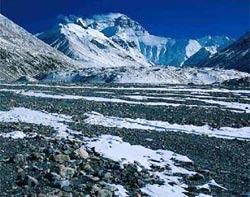 Trung Quốc chế tuyết nhân tạo ở Tây Tạng để chống hạn