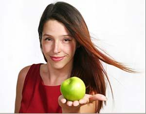 Ăn táo khi mang thai giúp bé khỏi bị suyễn