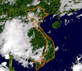 Miền Bắc có lốc xoáy và mưa đá