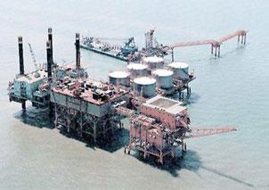 Sản lượng dầu thế giới sẽ đạt đỉnh điểm năm tới?