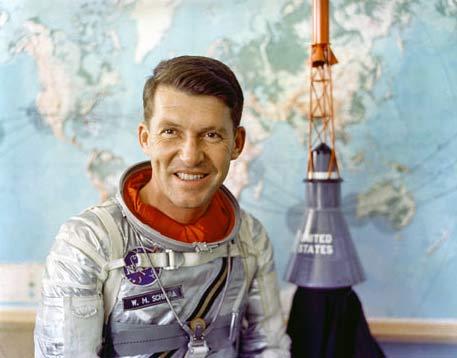 Nhà tiên phong trong lĩnh vực vũ trụ Mỹ qua đời