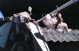 Nhà du hành vũ trụ Vladimir Dezhurov